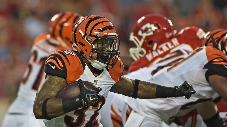 Bengals rookie RB Jeremy Hill suffers shoulder injury in loss to Jets