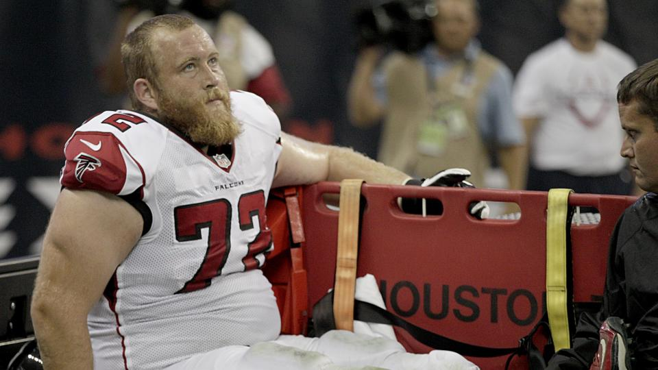 Falcons' Sam Baker could be done for season with possible torn tendon
