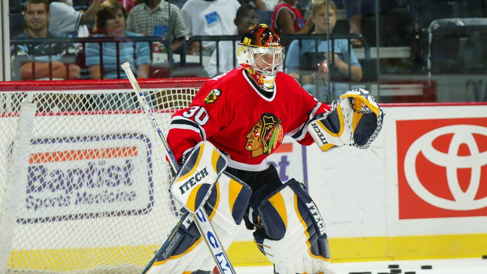 Blackhawks sign goalie Michael Leighton to one-year contract