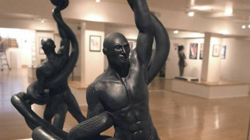 Weird Kobe Bryant statue features a black mamba biting his Achilles tendon