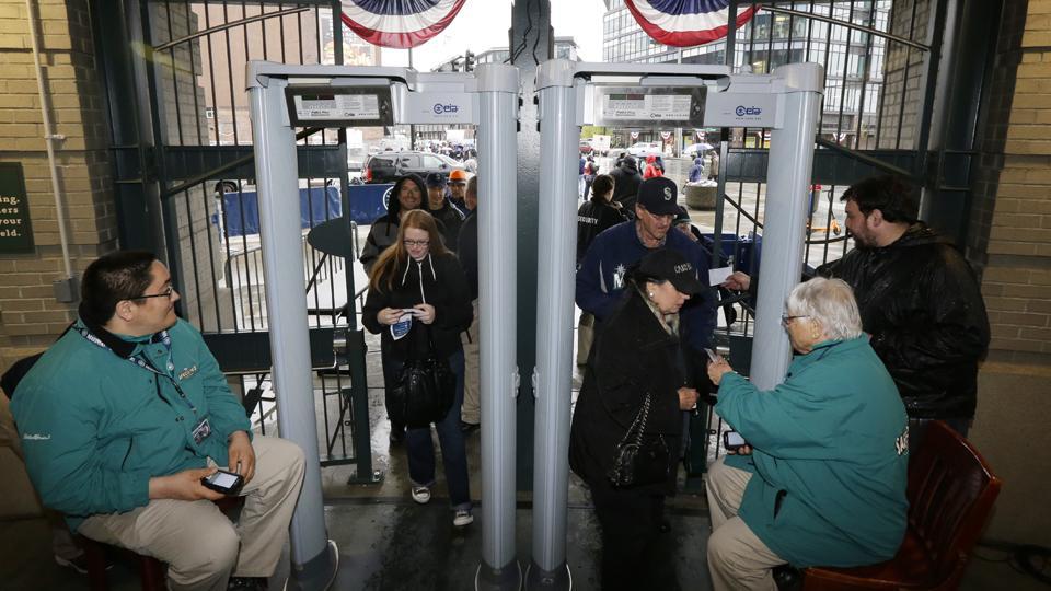 Yankee Stadium to install walk-through metal detectors this week