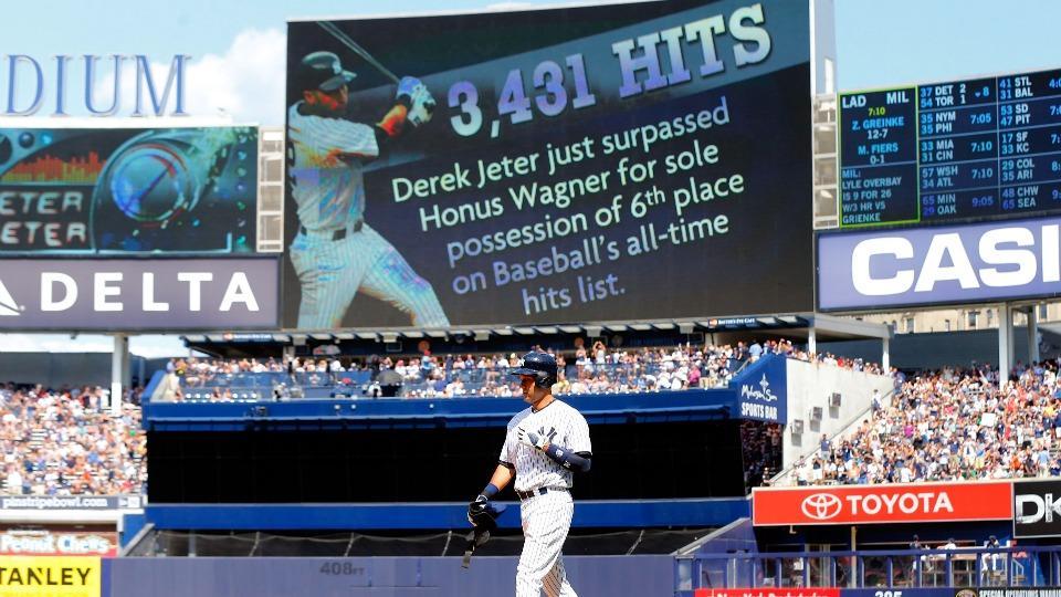 Derek Jeter's single to tie Honus Wagner on hits list changed to error
