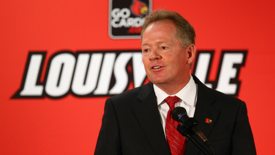 Report: Louisville hires consulting firm to help players select agents
