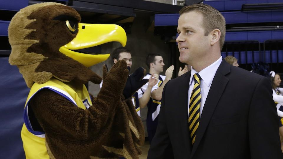 Steve Wojciechowski has been coaching for 15 years, but Marquette is his first head-coaching job.