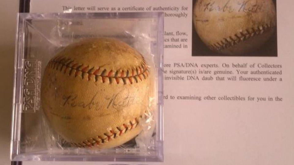Cardinals' P John Lackey got Pat Neshek a Babe Ruth autograph for switching uniform numbers