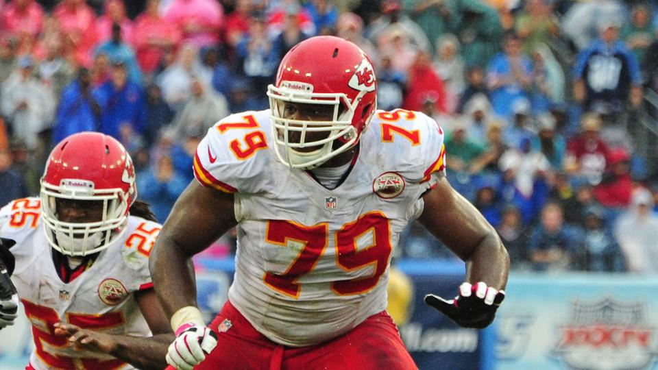 Chiefs OL Donald Stephenson suspended four games for PEDs