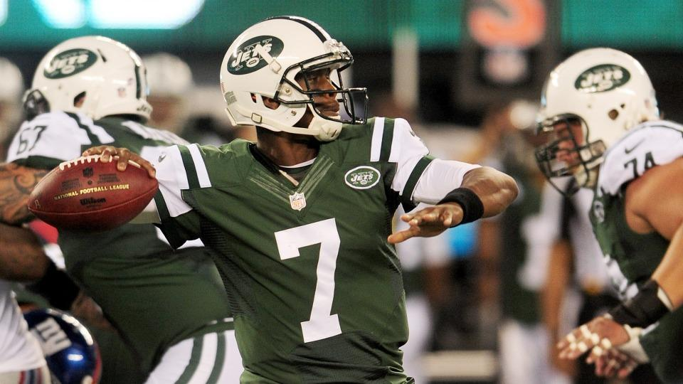Jets officially name Geno Smith starting quarterback
