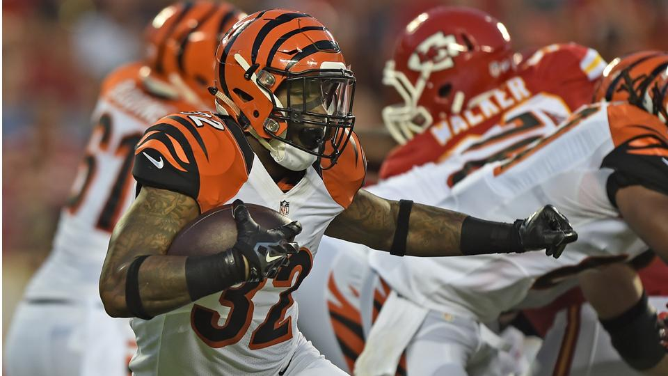 Bengals OC Hue Jackson: Rookie RB Jeremy Hill could get first-team reps