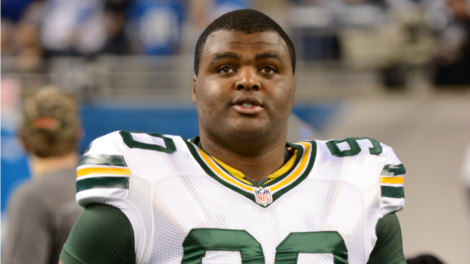 Report: Packers DT B.J. Raji out for season with torn biceps