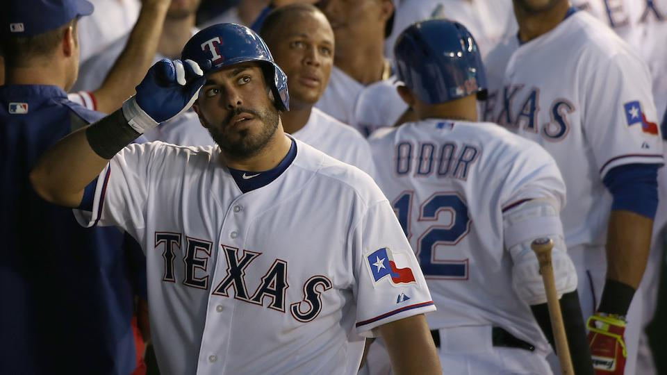 Oakland acquires catcher Geovany Soto from Texas