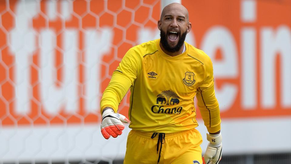U.S. goalkeeper Tim Howard signs book deal