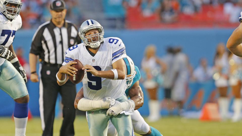 Cowboys' Jerry Jones: Tony Romo's back is fine after sacks