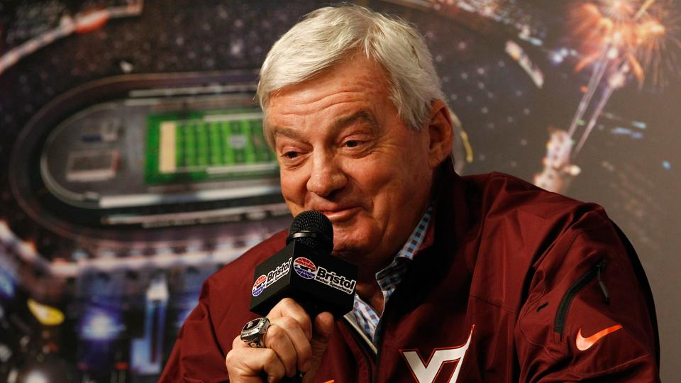Virginia Tech announces two-year extension for coach Frank Beamer