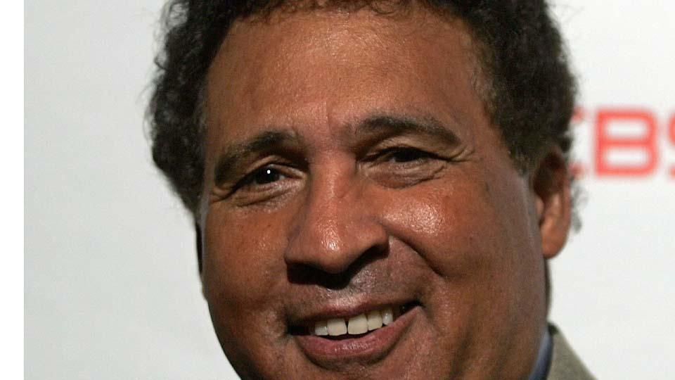 CBS announcer Greg Gumbel hasn't used 'Redskins' on air in three years