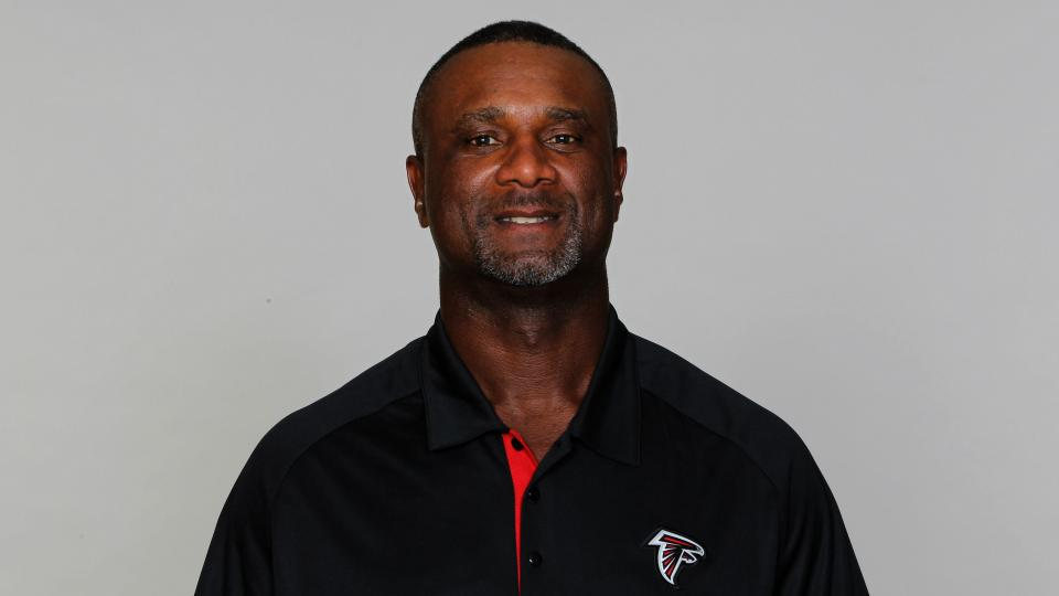 Falcons special teams coach gets angry on 'Hard Knocks'