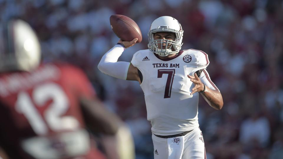 No Johnny? No problem: Texas A&M throttles South Carolina in opener