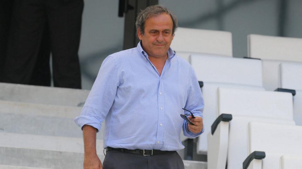 Michel Platini won't run against Sepp Blatter for FIFA presidency