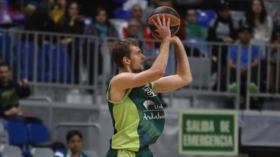 Goran Dragic's brother, Zoran, drawing interest from NBA teams