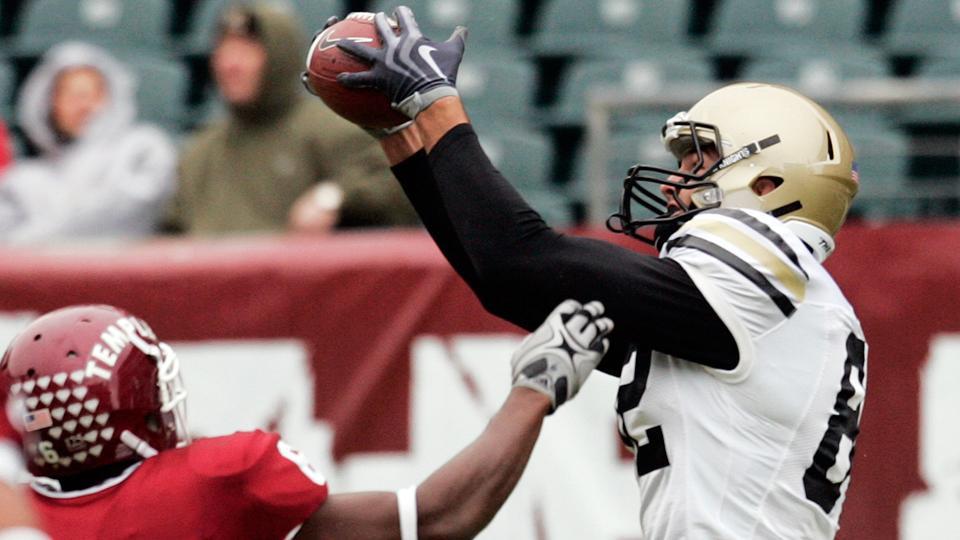 Steelers add army veteran Alejandro Villanueva to practice squad