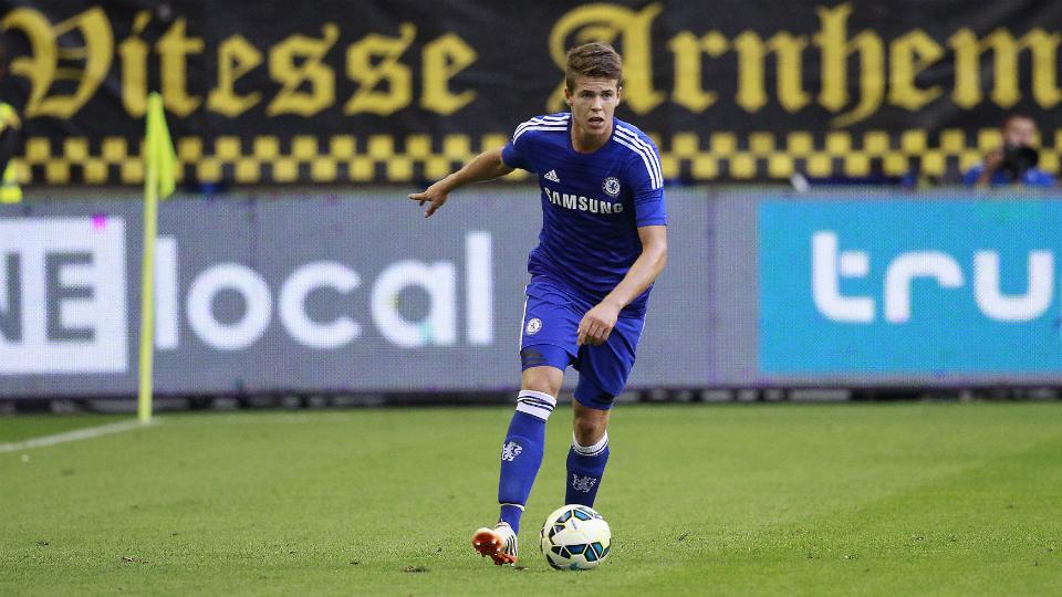 Chelsea midfielder Marco van Ginkel loaned to AC Milan