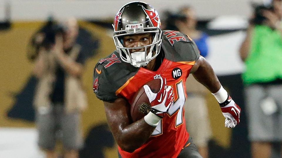 Reports: Buccaneers will place rookie Charles Sims on short-term IR