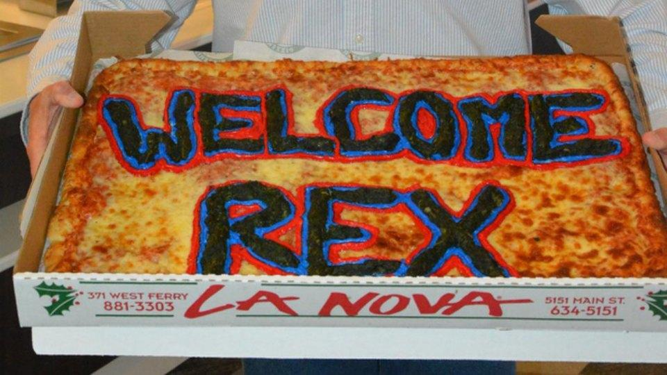 Bills welcome Rex Ryan with a gigantic pizza
