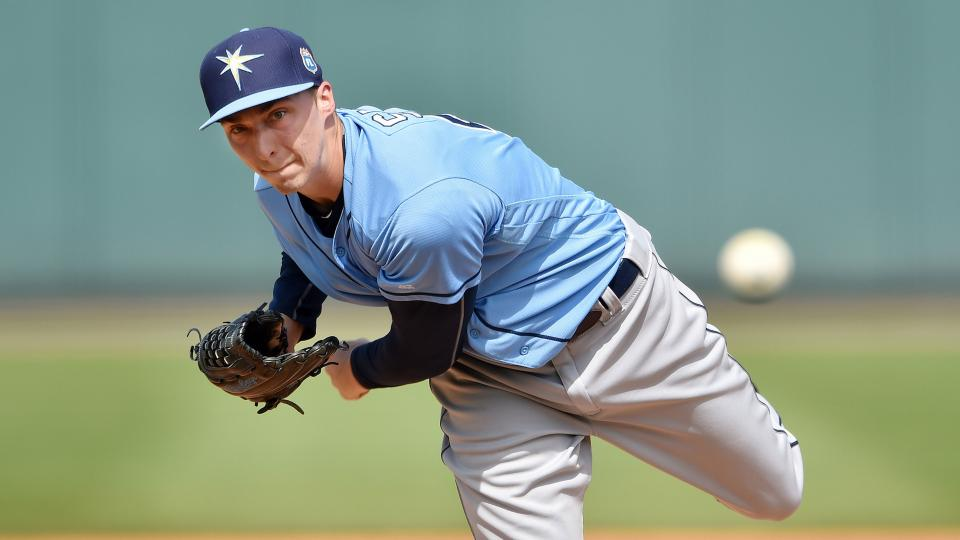 Rays set to promote top prospect Snell to pitch vs Yankees
