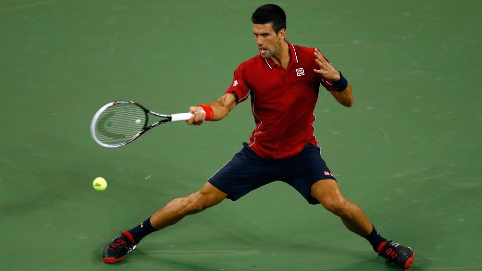 Watch: Novak Djokovic threads the needle with laser forehand