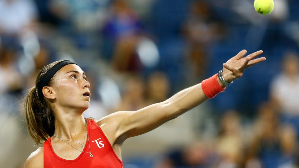 Watch: Aleksandra Krunic wows the crowd with her defense