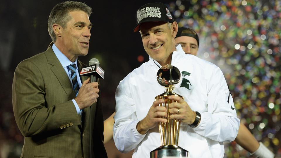 Chris Fowler will replace Brent Musburger on broadcasts of <i>Saturday Night Football</i> with Kirk Herbstreit.