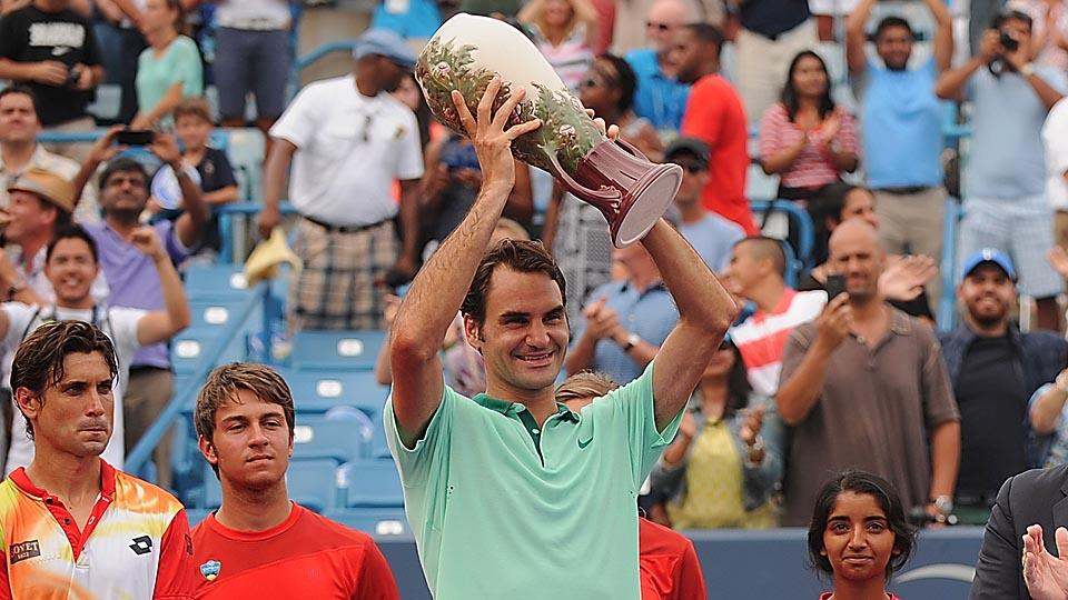 Roger Federer has struggled to close tournaments this year, but finished off David Ferrer to get the win in Cincinnati.