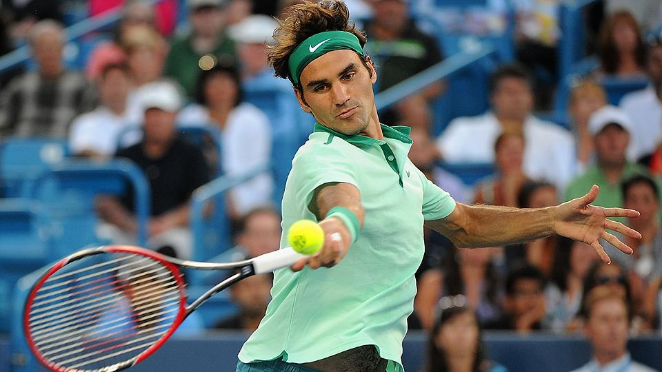 Roger Federer was sharp against Andy Murray, dispatching him in straight sets to advance to the semifinals.