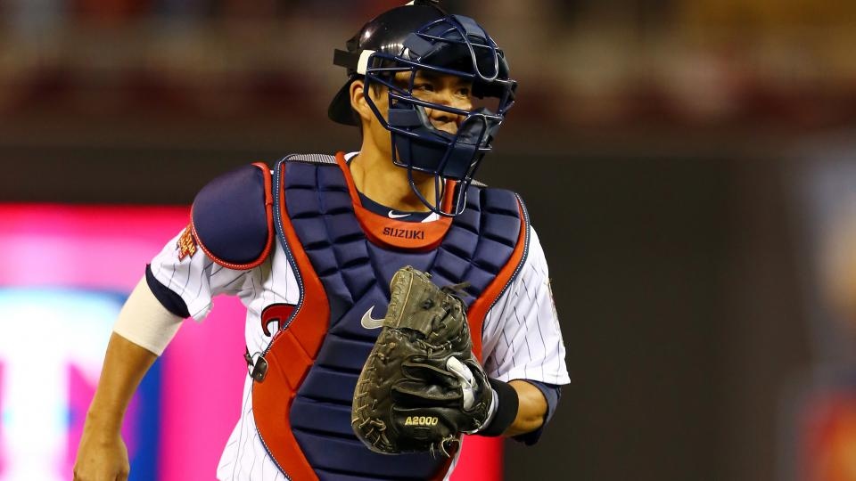 Report: Orioles, Cardinals among clubs considering catcher Kurt Suzuki