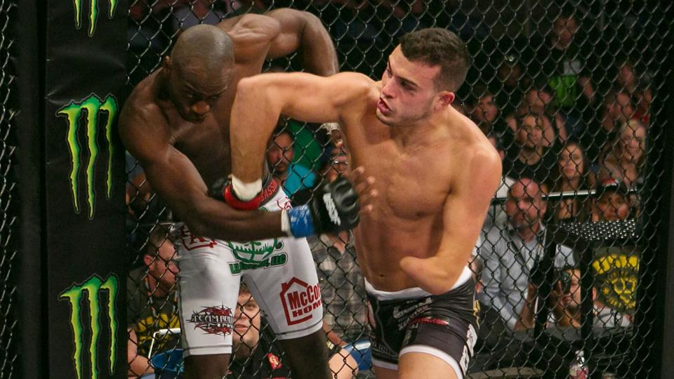 One-handed Nick Newell has defied odds in amassing an 11-0 record in MMA and goes for the WSOF lightweight tite on Saturday.