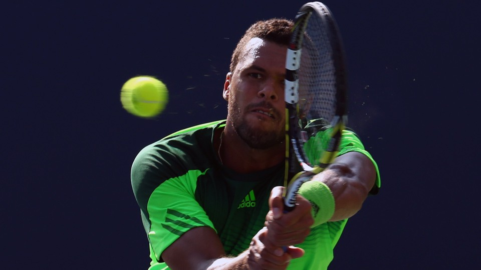 Jo-Wilfried Tsonga beats Roger Federer to win Rogers Cup