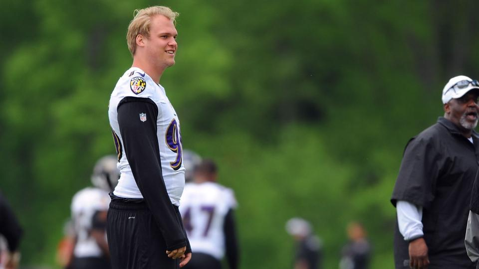 Ravens defensive end Brent Urban has torn ACL, out for season