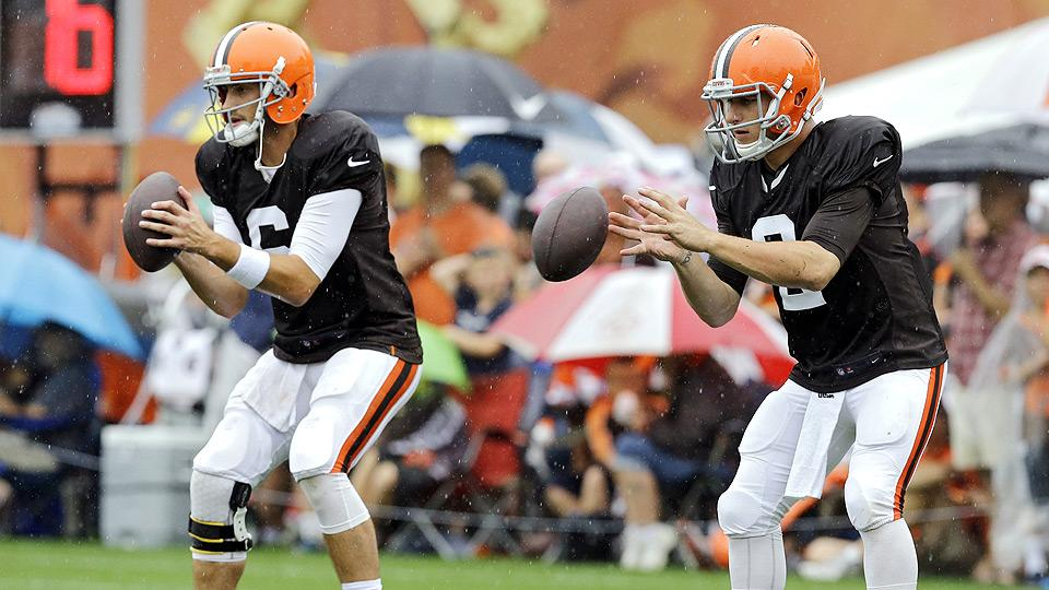 With Hoyer starting, should fantasy owners even consider Manziel?