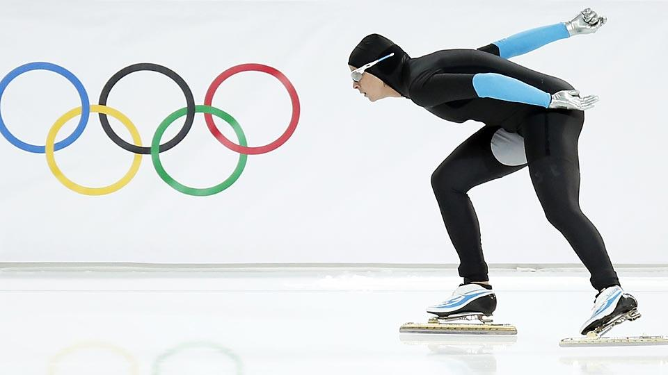Brittany Bowe was expected to be part of a dominant U.S. speedskating performance, but instead she remains medal-less.