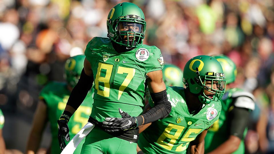 Suspensions to Oregon players bring NCAA marijuana policy into question