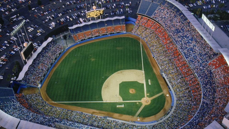 Ballpark Quirks: Dodgers build a hilly home in Los Angeles' Chavez Ravine