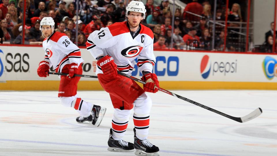 Hurricanes center Eric Staal has surgery for core muscle injury