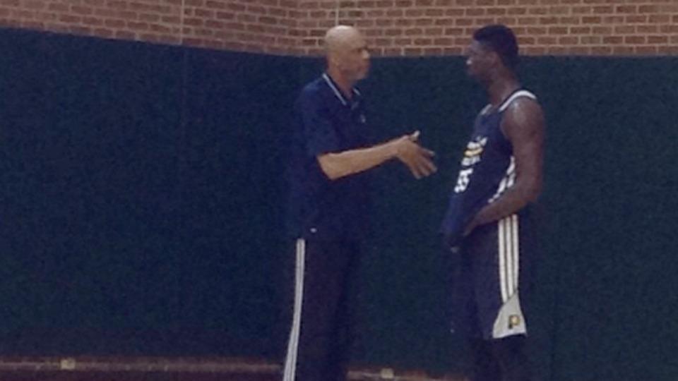 Kareem Abdul-Jabbar posts video of his practice with Roy Hibbert including lots of hook shots