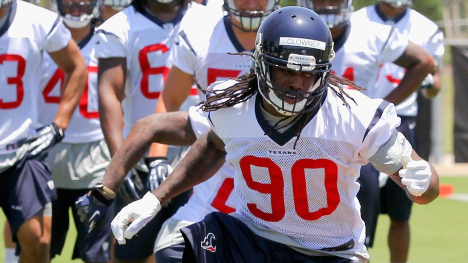 Report: Jadeveon Clowney will 'try' to practice at start of training camp