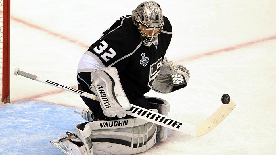Playing with an injured wrist from the second round on, Jonathan Quick finished the postseason 16-10 with 2.58 GAA and .911 save percentage.