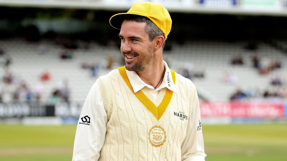 Kevin Pietersen signs two-year contract with Melbourne Stars