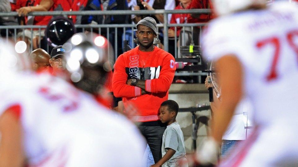 Coach Urban Meyer wants LeBron James to attend every Ohio State home game