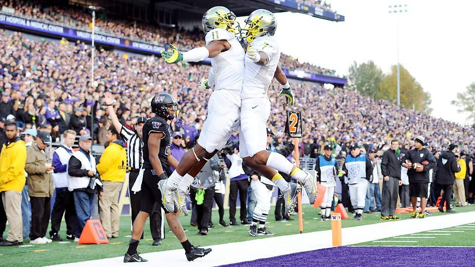 Pac-12 betting preview: Oregon a narrow favorite in deep conference