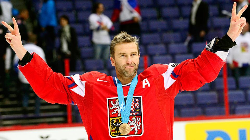 After making his Olympic debut in 1994 with Canada, Petr Nedved, now 42, finally returns to the Olympics, this time representing the Czech Republic.