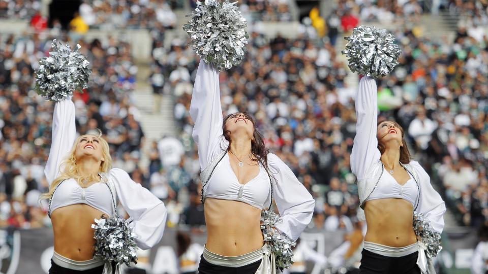 Raiders' cheerleaders get raise to minimum wage