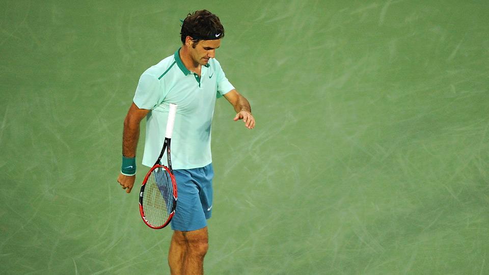 Daily Bagel: Federer shows rare moment of frustration vs. Monfils